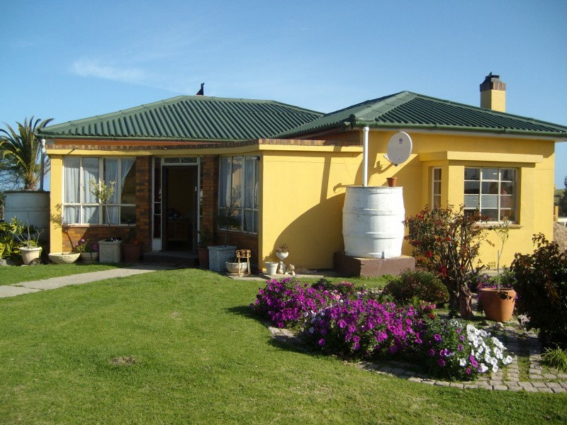 Property & Real Estate Sales - Farm House in Mossel Bay, Garden Route, Voorbrug, South Africa