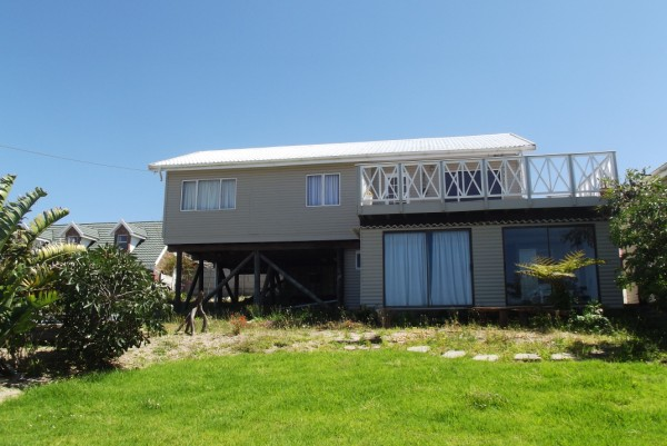 Property & Real Estate Sales - House in Greatbrak River, Garden Route, Reebok, South Africa