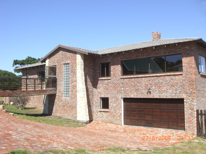 Property & Real Estate Sales - House in Garden Route, FRAAIUITSIG, FRAAIUITSIG, South Africa