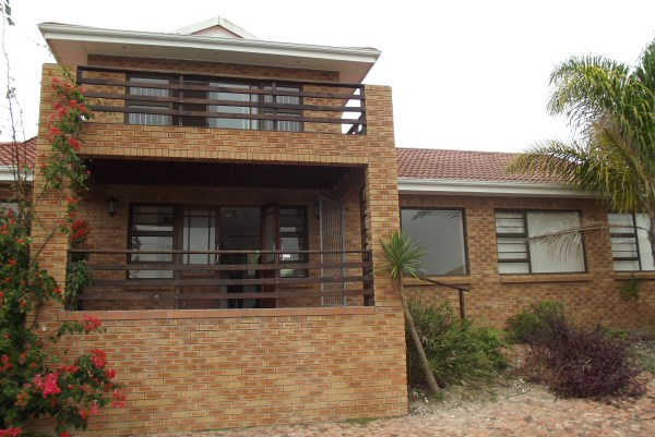 Property & Real Estate Sales - House in Garden Route, Great Brak River, Groot Brakrivier, South Africa