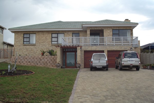 Property & Real Estate Sales - House in Garden Route, Outeniqua strand, Outeniqau strand, South Africa