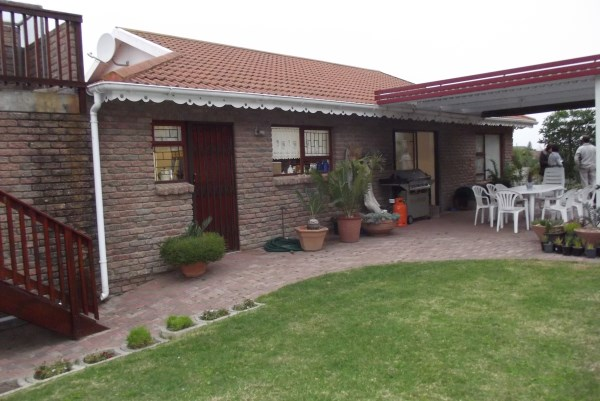 Property & Real Estate Sales - House in Garden Route, TERGNIET, Tergniet, South Africa