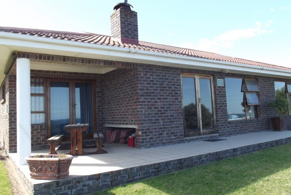 Property & Real Estate Sales - House in Garden Route, Great Brak River, Pienaarstrand, South Africa