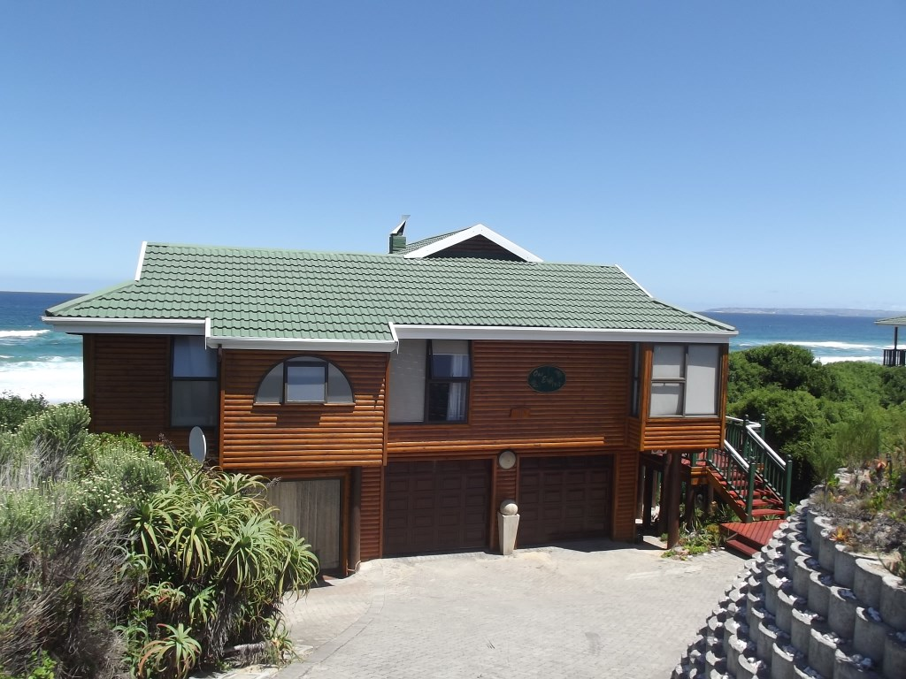 Property & Real Estate Sales - House in Garden Route, Nature on Sea, Nature on Sea, South Africa