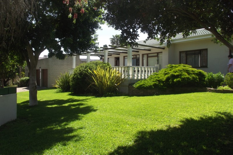 Property & Real Estate Sales - House in Garden Route, Little Brak River, Fraai-uitsig, South Africa