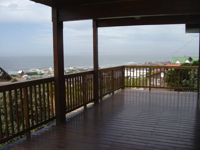 Property & Real Estate Sales - House in Reebok, Mossel Bay, Garden Route, South Africa