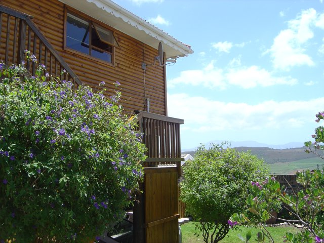 Property & Real Estate Sales - House in Fraaiuitsig, Klein Brak Rivier, Garden Route, South Africa
