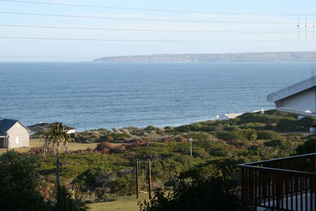 Property & Real Estate Sales - House in Reebok, Reebok, Garden Route, South Africa