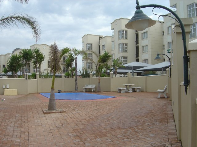 Property & Real Estate Sales - Condominium in Rheebok, Reebok, Garden Route, South Africa