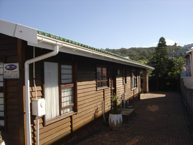Property & Real Estate Sales - House in Tergniet, Reebok, Garden Route, South Africa