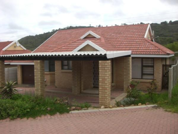 Property & Real Estate Sales - House in Hersham, Groot Brakrivier, Marane, South Africa